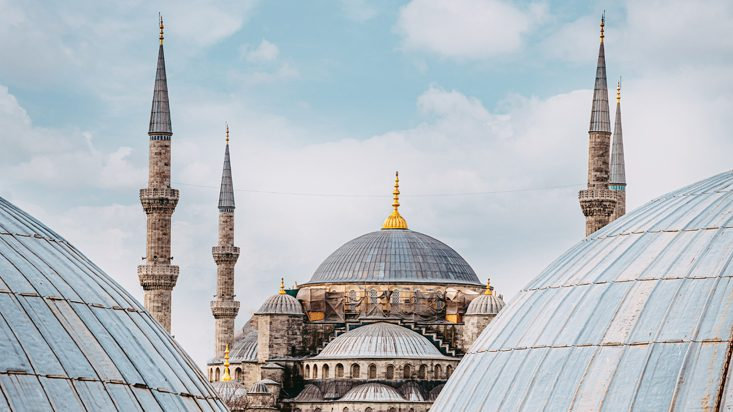Istanbul: must-visit destinations to experience the Turkish city like a tourist and a local all at once
