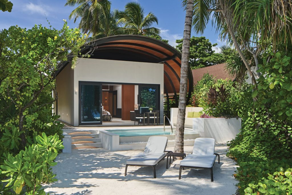 The Westin Maldives Miriandhoo Resort villa