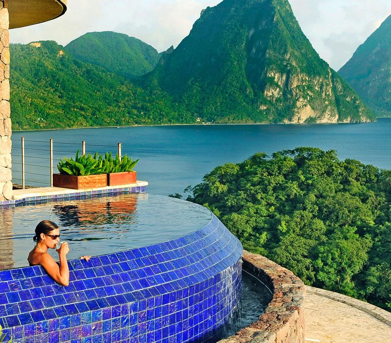 5 stunning resorts for a digital detox